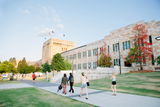 University of Queensland Jacaranda stock images